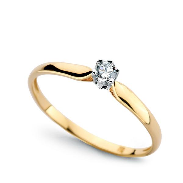 Briliantový zásnubní prsten